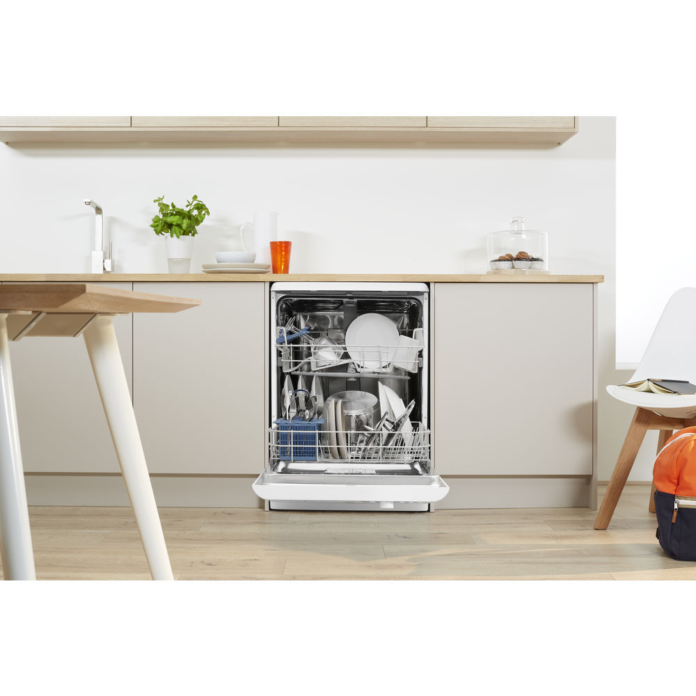 Indesit Dfp 27b1 Fastest Eco Dishwasher In White Dfp 27b1 Uk