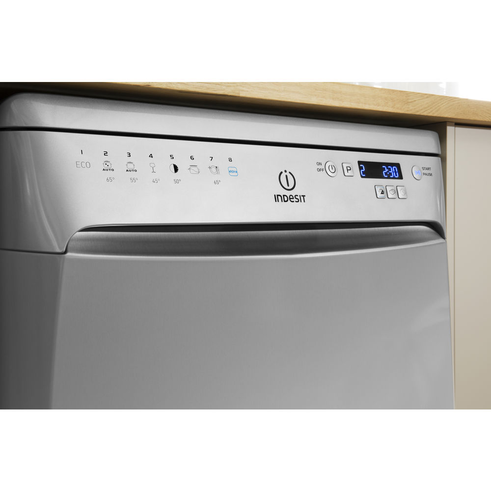 taille standard lave vaisselle 003635. Black Bedroom Furniture Sets. Home Design Ideas