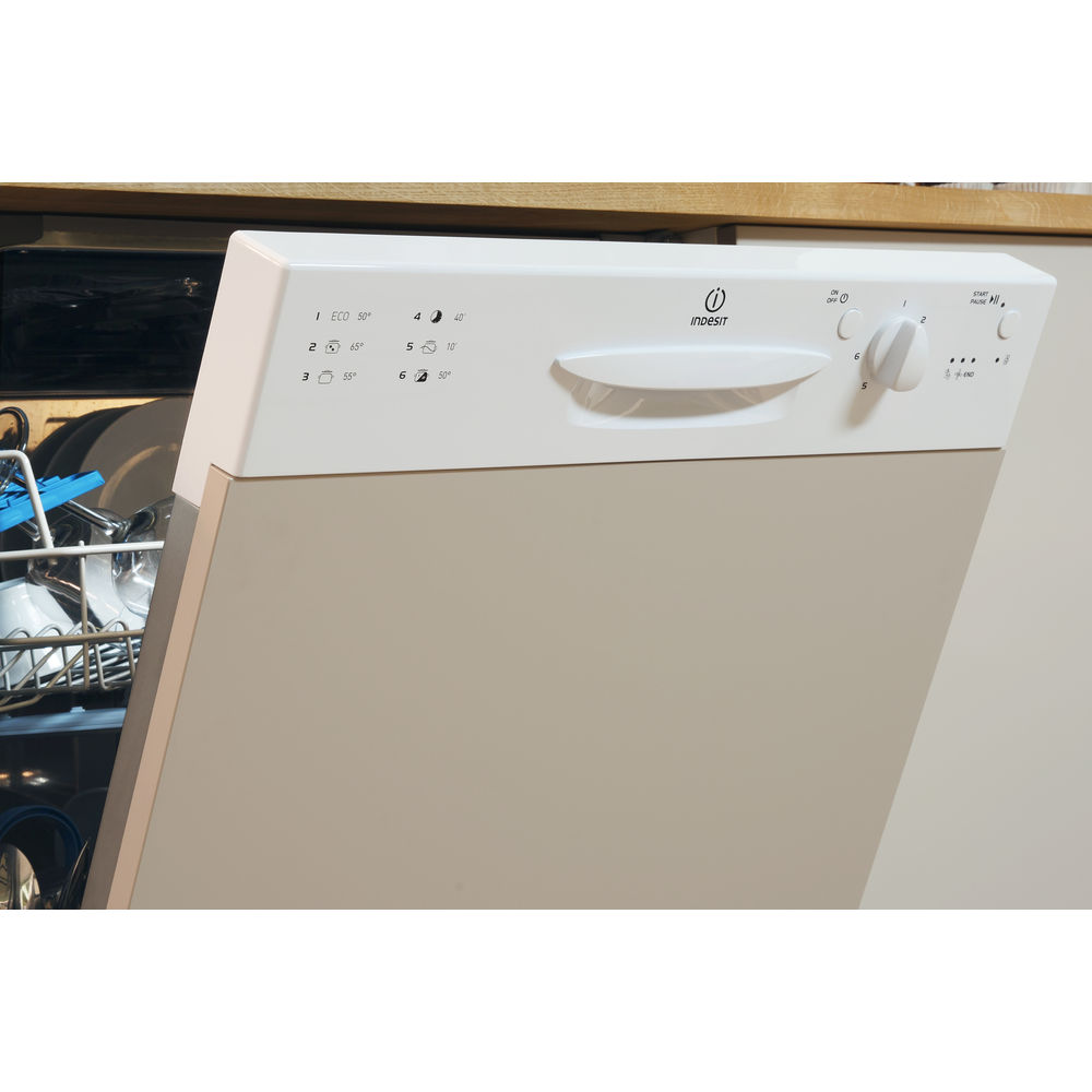 Indesit Ecotime DIFP 18B1 Integrated Dishwasher in White