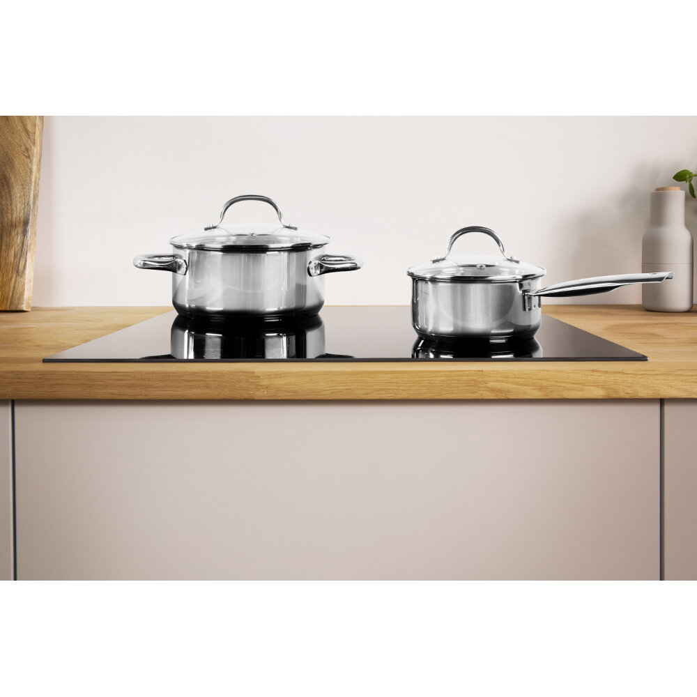 Indesit VIA 640 CW Induction glass ceramic hob in Black