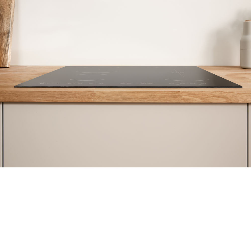 Table de cuisson à induction Indesit