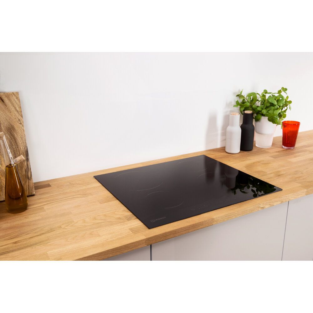 Table induction Indesit