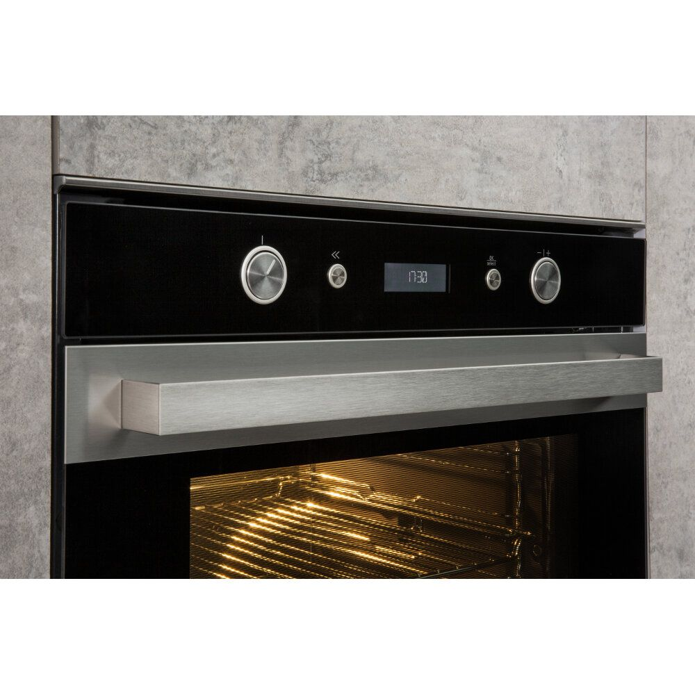 Hotpoint Built In Electric Oven Inox Self Cleaning Si7