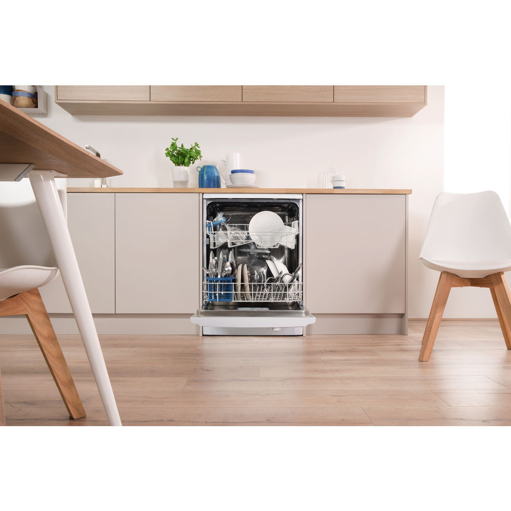 Indesit DFG 15B1 Ecotime Dishwasher in White