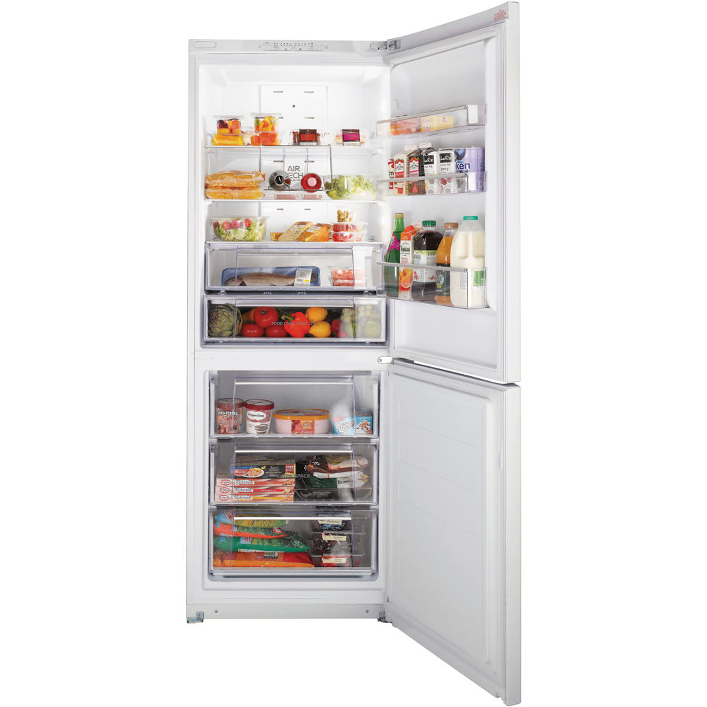 Hotpoint freestanding fridge freezer: frost free