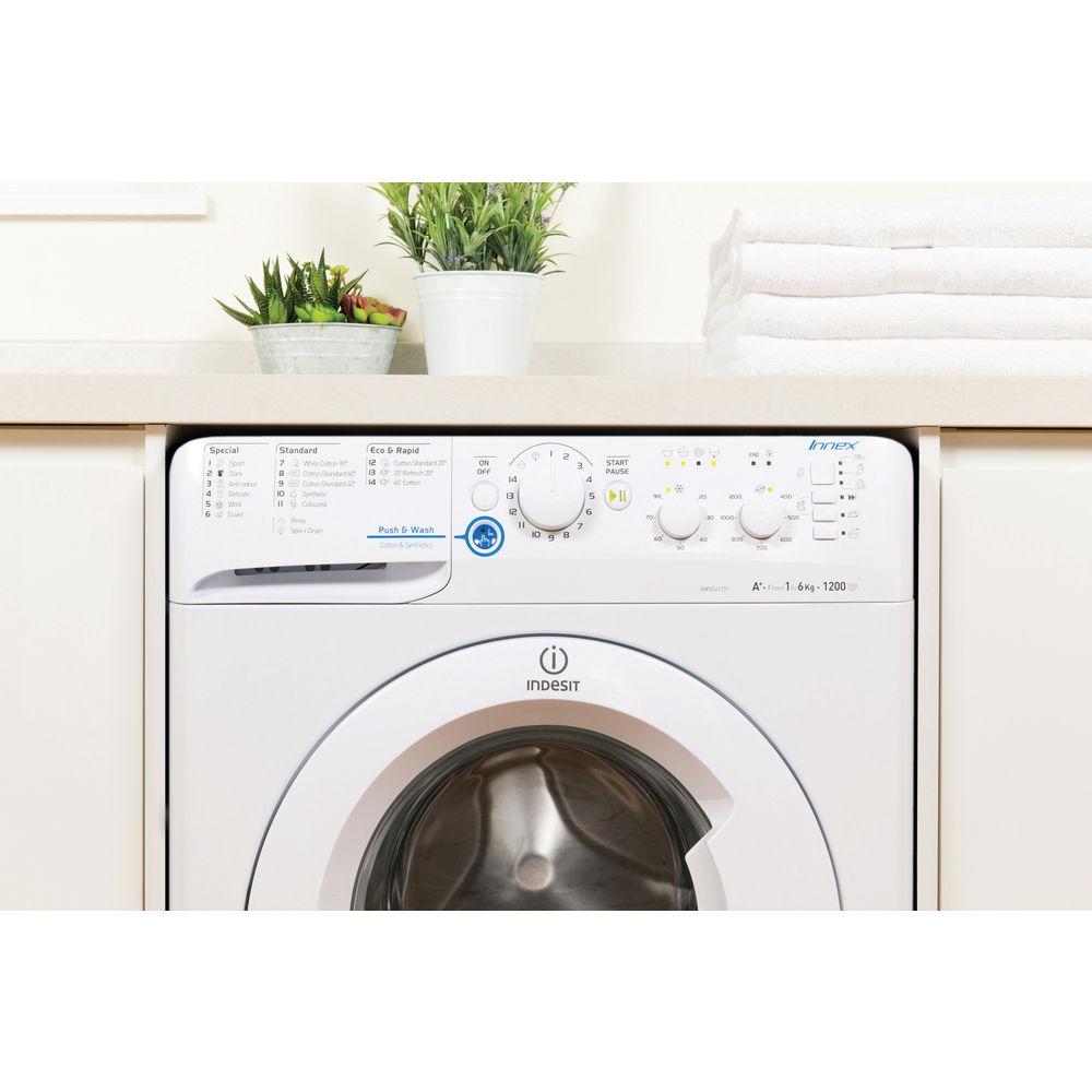 Indesit Innex XWSC 61251 W Washing Machine in White