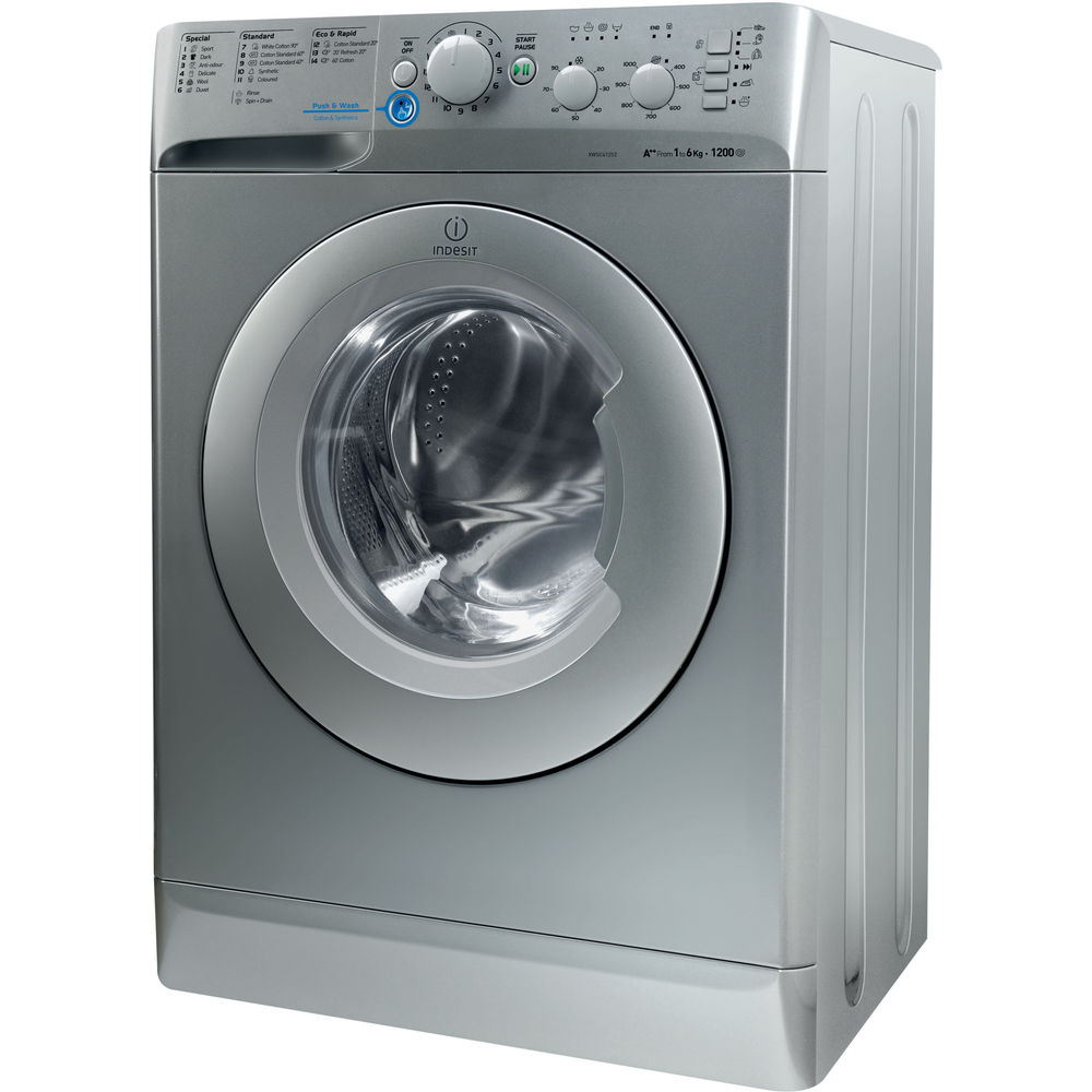 Freestanding front loading washing machine: 6kg