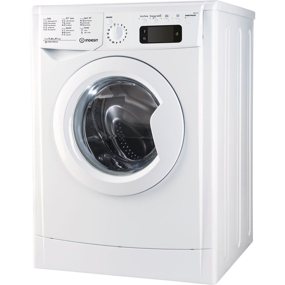 Indesit freestanding front loading washing machine: 6kg
