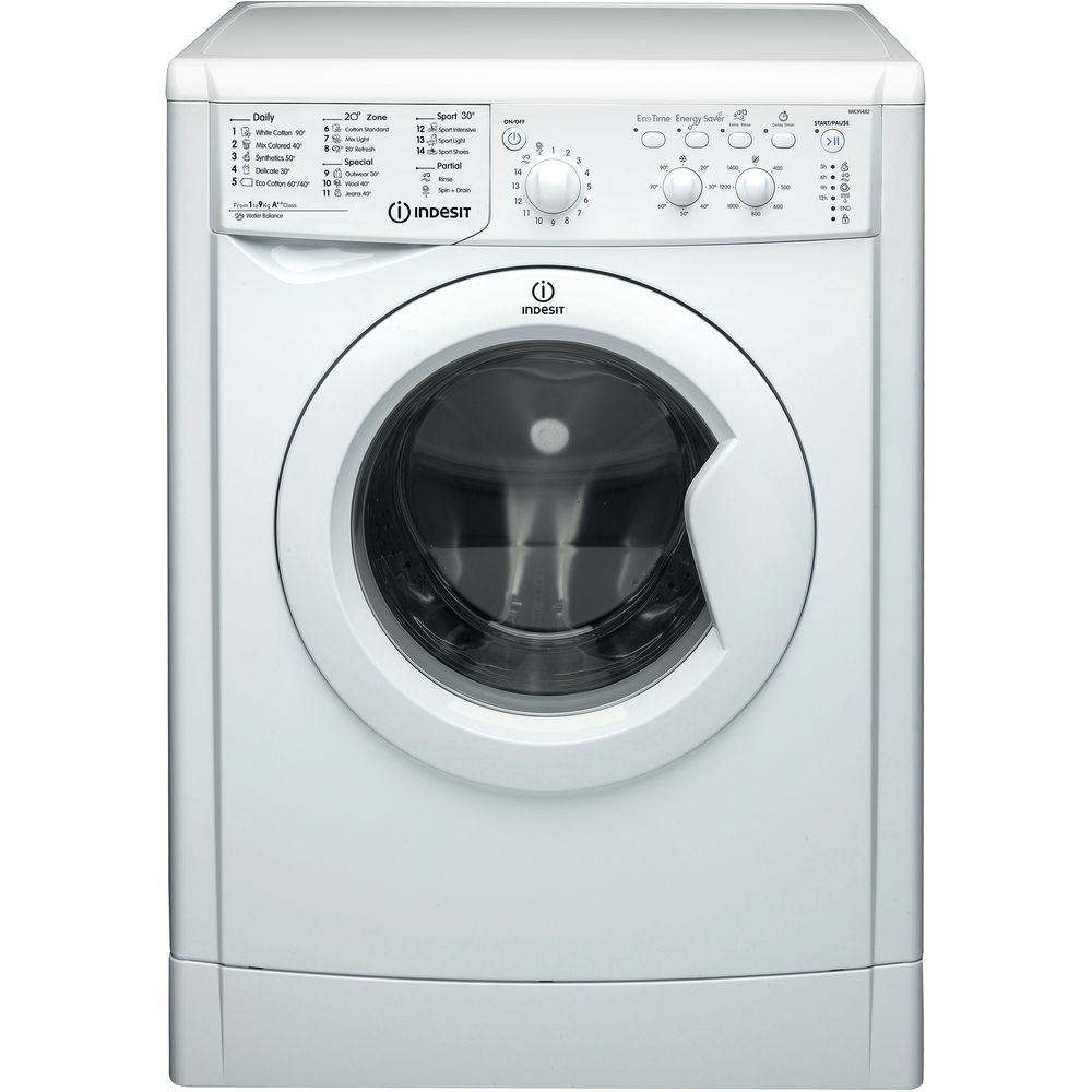 Freestanding front loading washing machine: 9kg