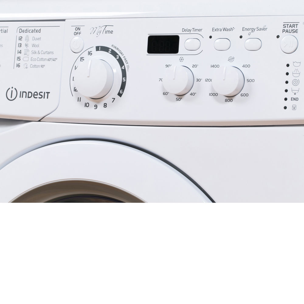 Freestanding front loading washing machine: 7kg