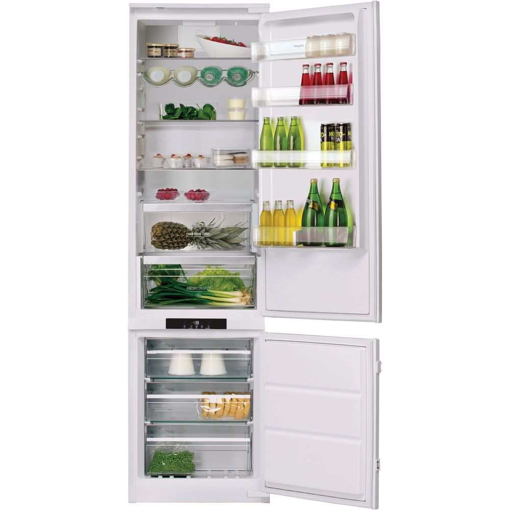Hotpoint Day 1 BCB 8020 AA F C Integrated Fridge Freezer