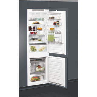 Whirlpool built in fridge freezer - ART 8910/A+ SF.1