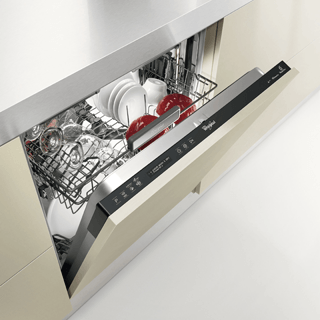Whirlpool WSFE 2B19 Dishwasher in White 3