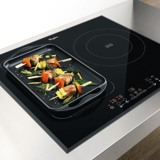 Whirlpool AKT 8700 IX Built-In Ceramic Hob in Black 3