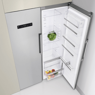 Whirlpool SW81QXR 369L Fridge - Stainless Steel 1