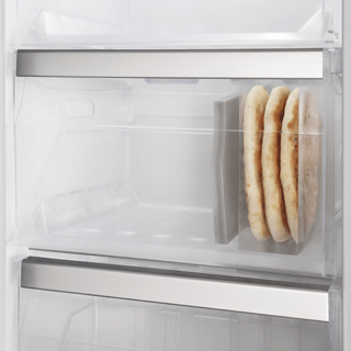 Whirlpool UW8 F2C XLSB Freezer in Stainless Steel 3