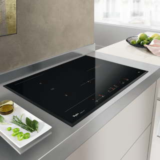Whirlpool Fusion ACM868BAIXL Induction Hob - Black 17